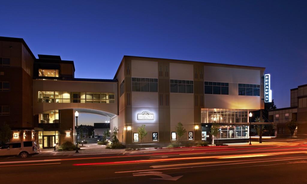 Broadway Townsquare Salem Cinema Ac Co